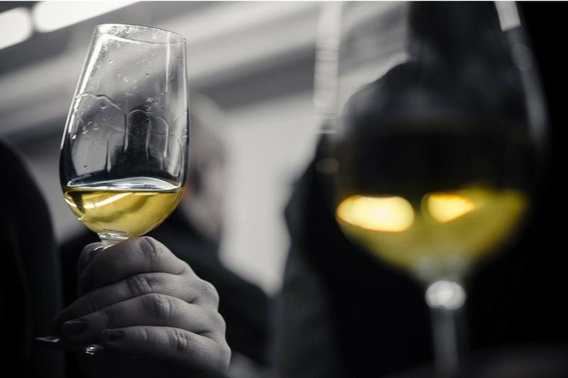 verre_de_vin_pour_l_aperitif